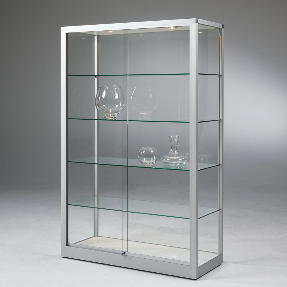 Große Standvitrine mit Glas-Schiebetüren