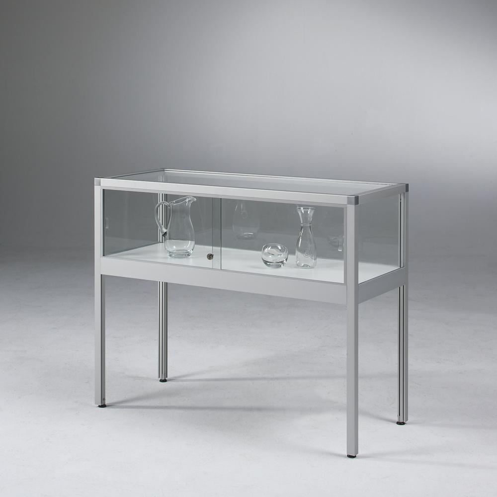 Tischvitrine aus der VERTUM-Serie der Glasvitrinen