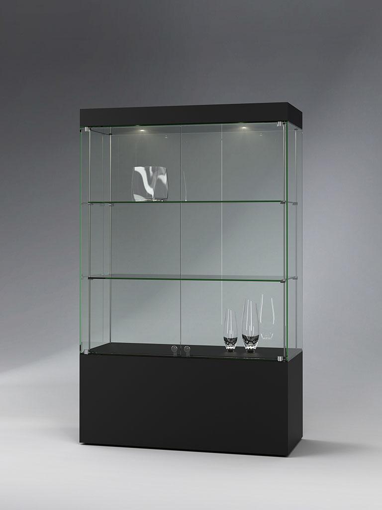 FANUM cabinet showcases