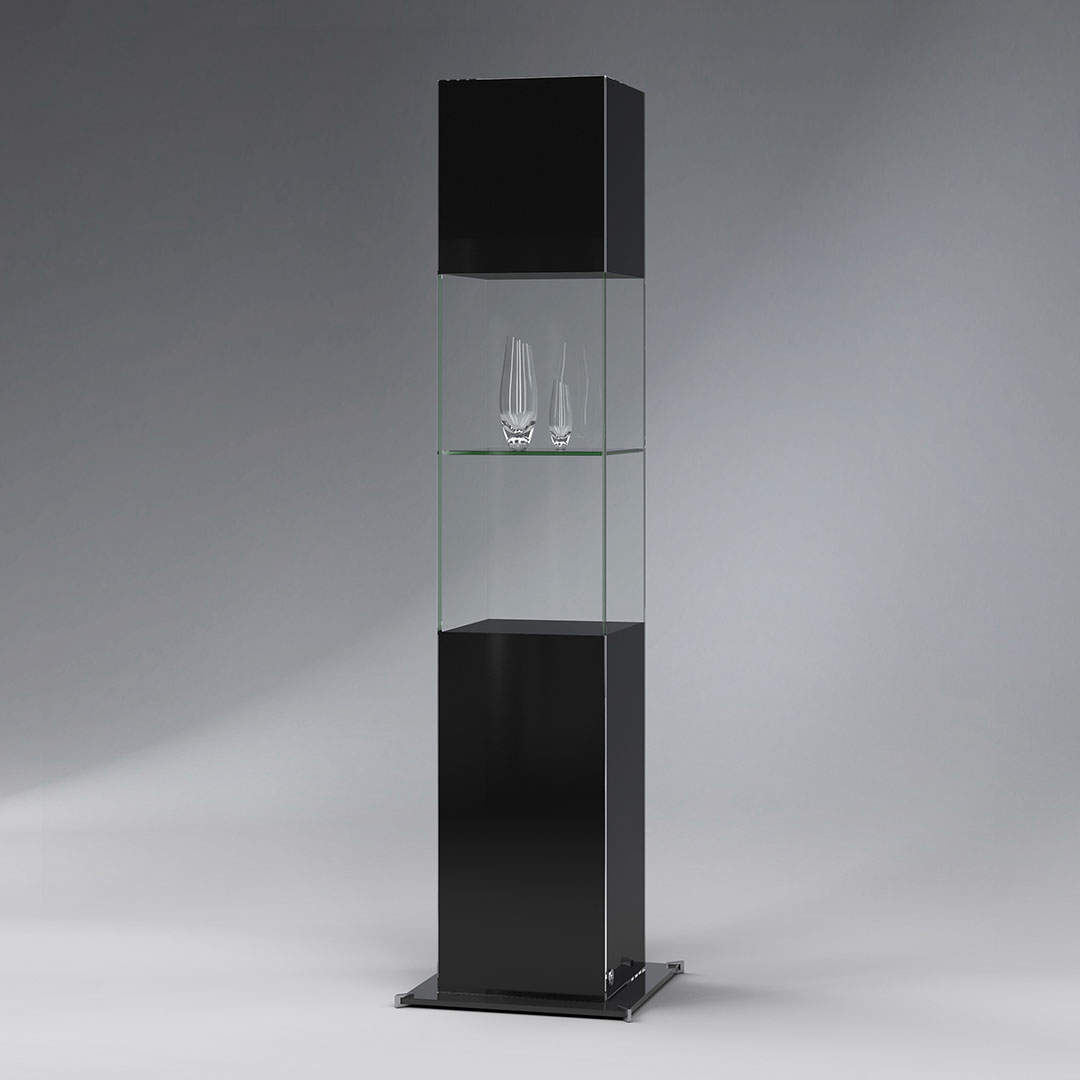 SIGNUM design all-glass showcase